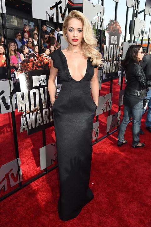 rita-ora-black-dress-mtv-movie-awards-2014-h724