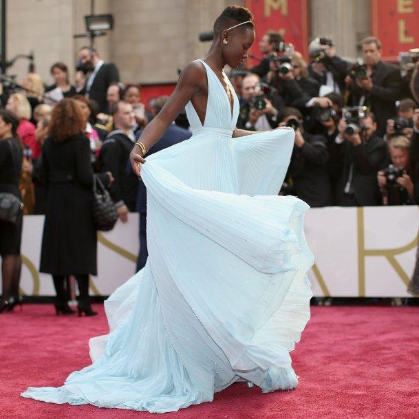 Lupita-Nyongo-Light-Blue-Prada-Dress-Oscars-2014-on-black-bridal-bliss