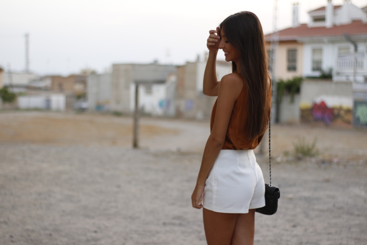 falda-pantalon-blanca-zara