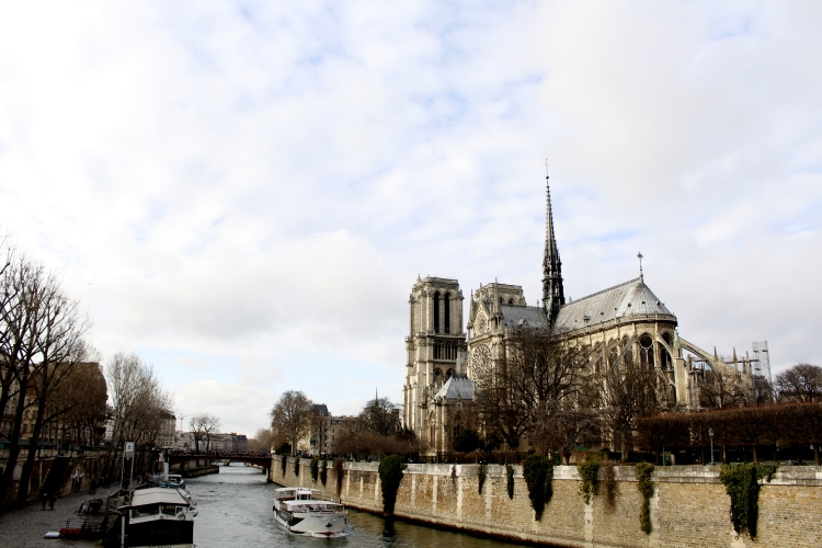 notre-dame-fashion-state-of-mind