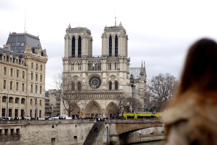 notre-dame-paris-fashion-state-of-mind