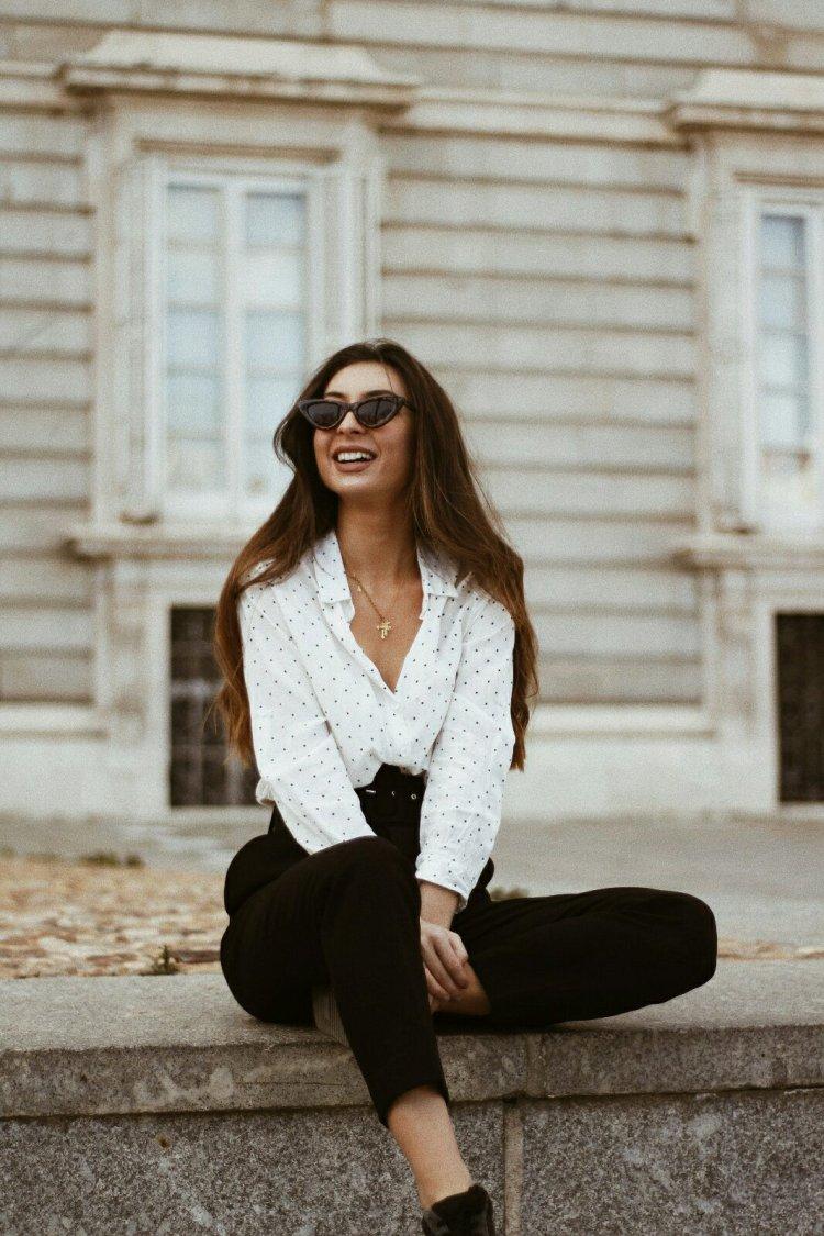 camisa-lunares-maria-lorite.jpg